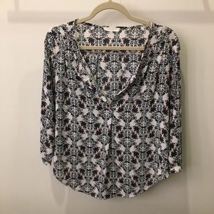 Floral, loose blouse